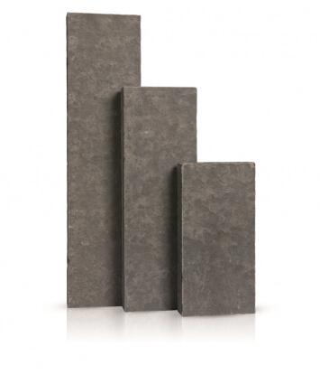 Palissaden Vietnam. basalt gevlamd en geborsteld 8x25x100 cm