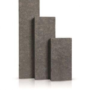 Palissades Basalte Vietnamien Flammé et Brossé 8x25x125 cm